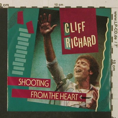 Richard,Cliff: Shooting From The Heart/Small World, EMI(20 0394 7), NL, 1984 - 7inch - T3082 - 3,00 Euro