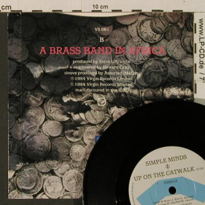 Simple Minds: Up On The Catwalk/A Brass Band In A, Virgin(VS 661), UK, 1984 - 7inch - T3447 - 3,00 Euro